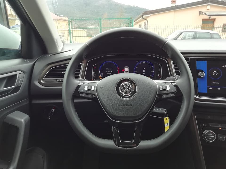 VW T-ROC 1.6 TDI 116 cv STYLE