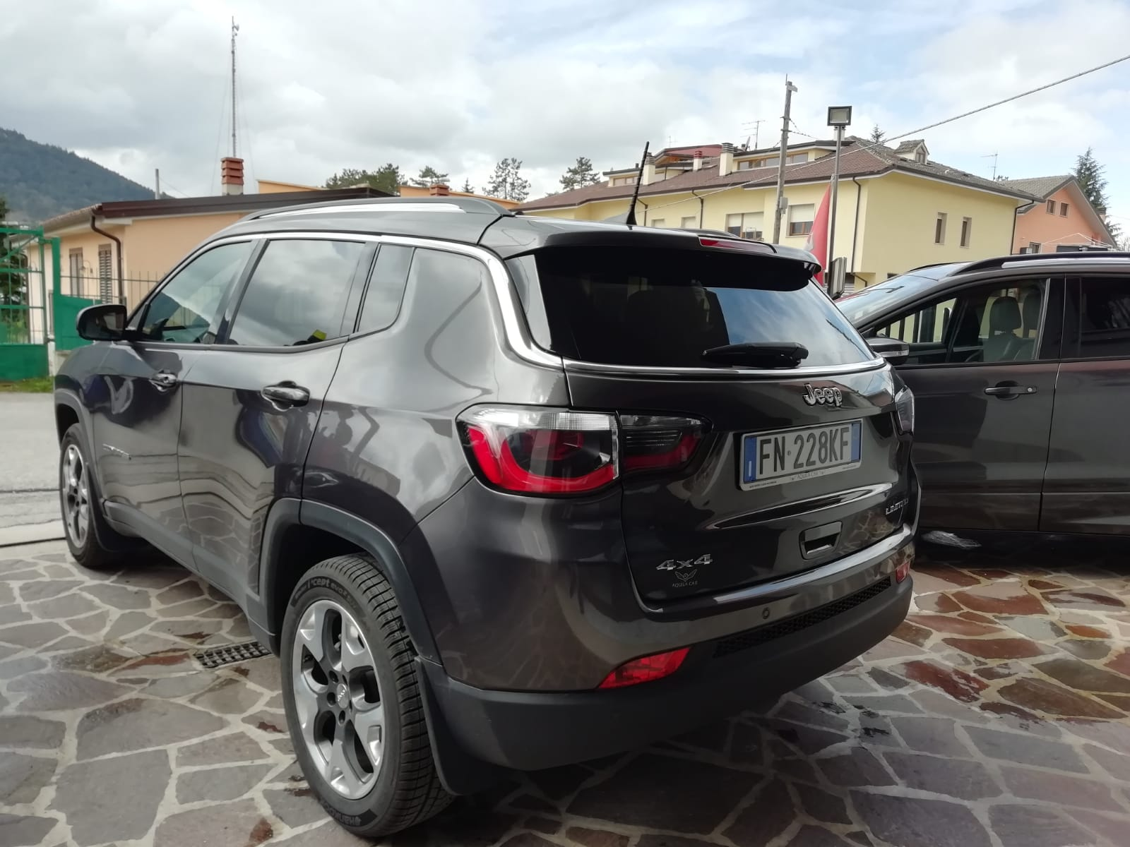 Jeep Compass 2.0 Mjt 140 cv 4×4 AT9