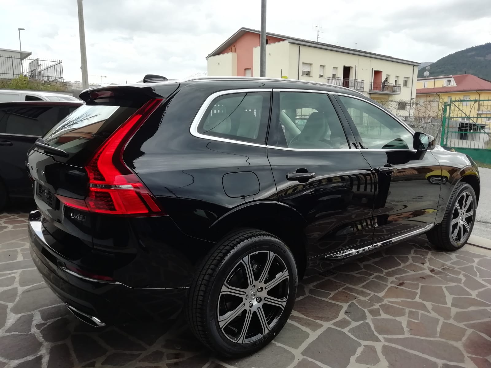 VOLVO XC60 D4 INSCRIPTION AUTOM. 190 cv