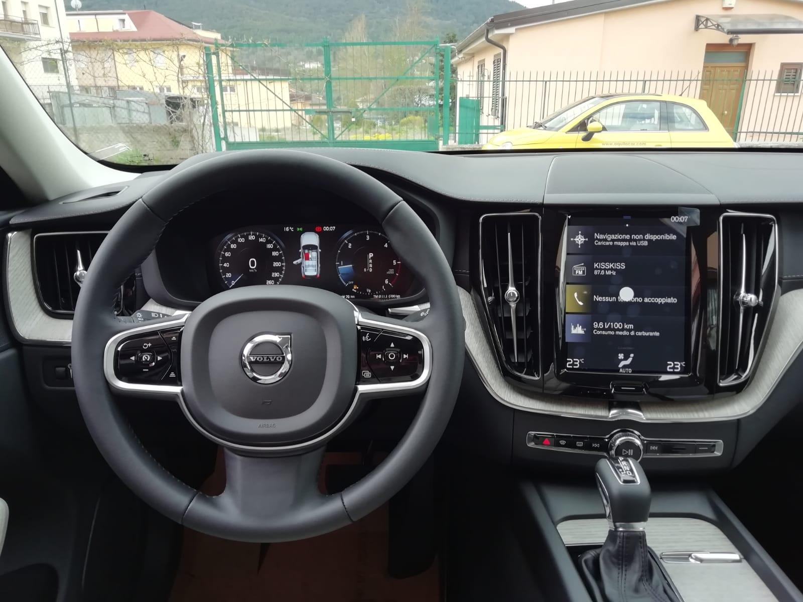 VOLVO XC60 D4 INSCRIPTION AUTOM. 190 cv