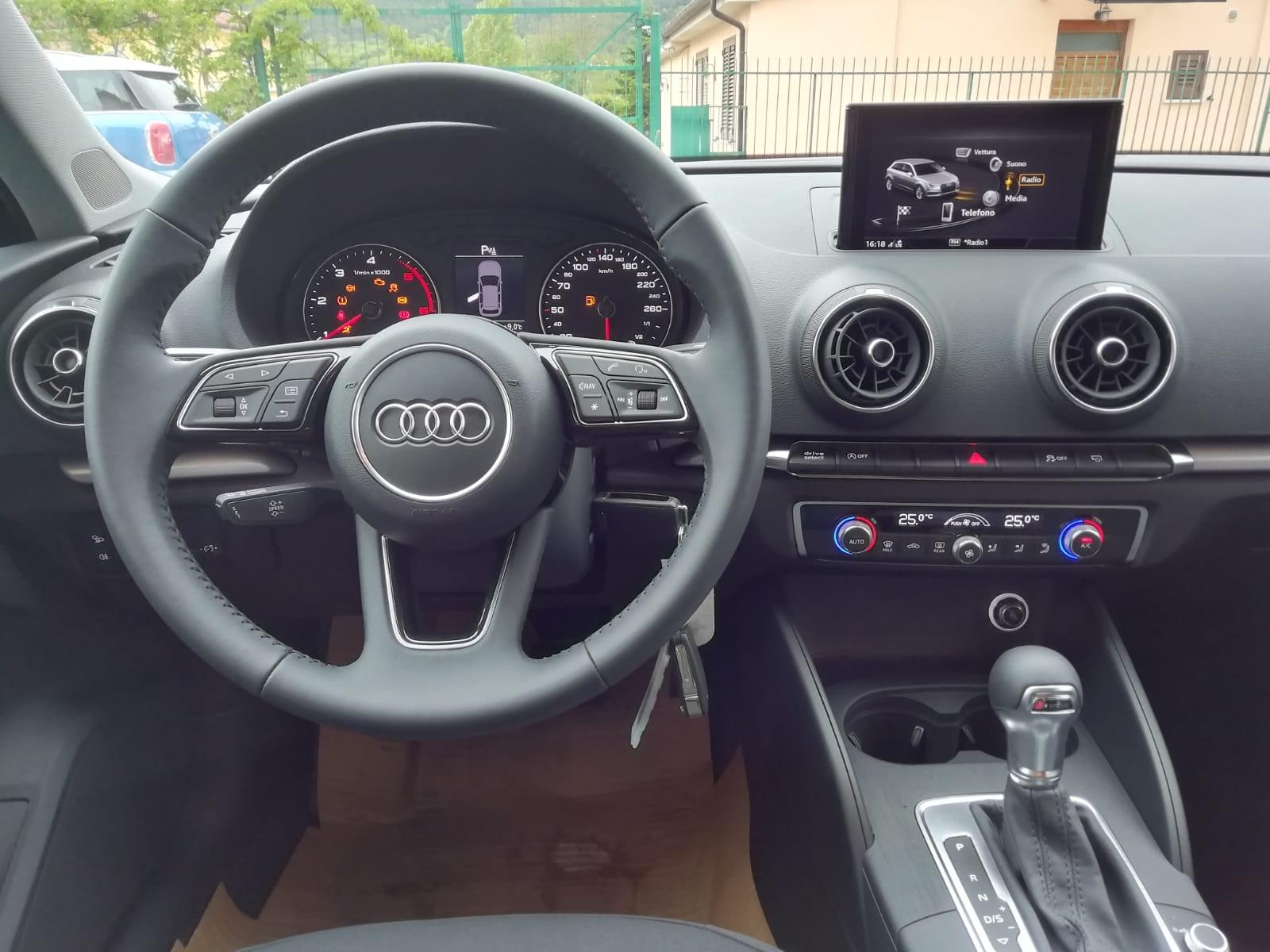 Audi A3 Sportback 1.6 TDI 116 cv S-Tronic Business