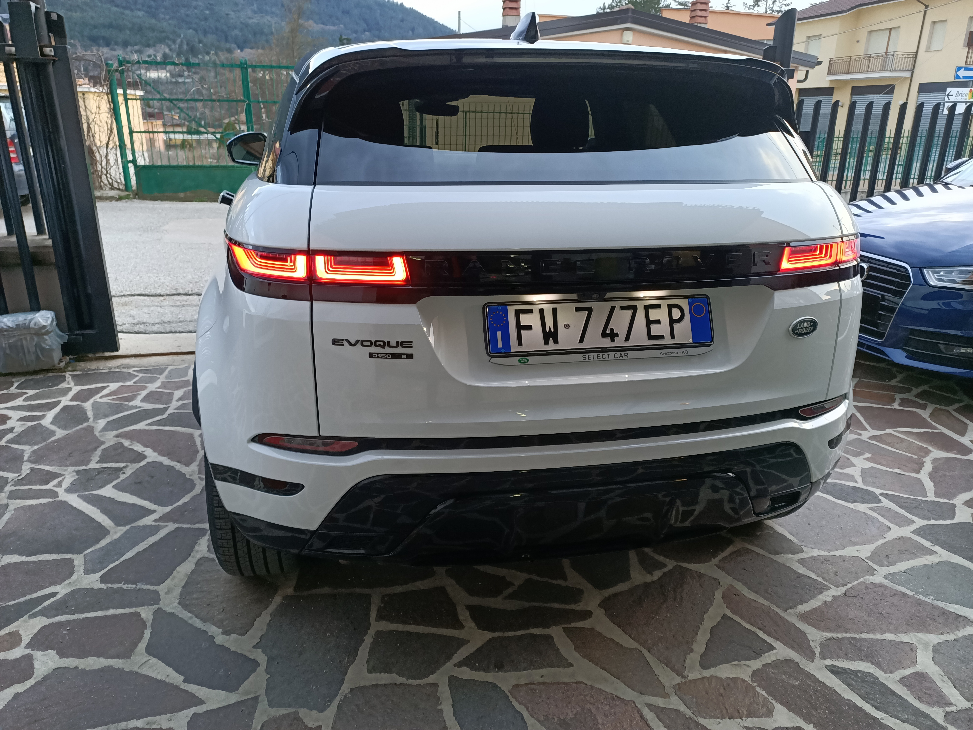 Land Rover Range Rover Evoque 2.0D 150 CV AWD R-Dynamic